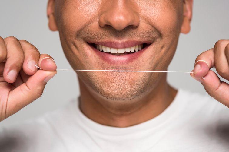 flossing vs waterpik